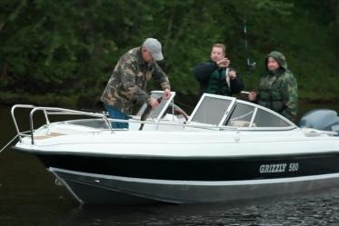 GRIZZLY 580 DC (на комплект с мотором скидка 10% на лодку)